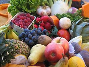 fruits-et-legumes-les-prix-explosent-panier-de-fruits-et-de