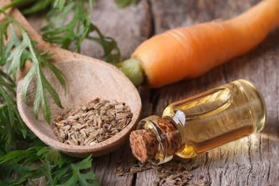 huile-essentielle-carotte